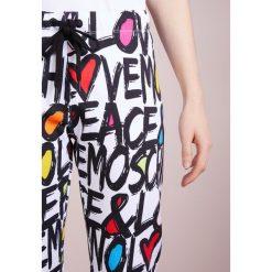 Love Moschino Spodnie treningowe multicoloured. Szare spodnie sportowe damskie marki Love Moschino, z bawełny. W wyprzedaży za 549,45 zł.