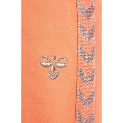Hummel BABY PANTS Spodnie treningowe desert flower. Brązowe spodnie chłopięce marki Hummel, z bawełny. Za 129,00 zł.