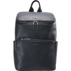 Matt & Nat BRAVE Plecak dark blue. Niebieskie plecaki damskie Matt & Nat. Za 509,00 zł.