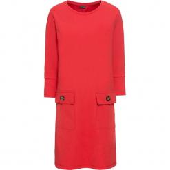 Sukienka z kieszeniami i guzikami bonprix truskawkowy. Czerwone sukienki z falbanami marki bonprix, proste. Za 99,99 zł.