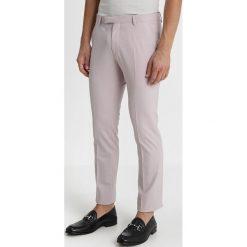 Twisted Tailor ELLROY SUIT SLIM FIT Garnitur light mauve. Fioletowe garnitury marki Reserved, l, z bawełny. Za 1089,00 zł.