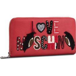 Duży Portfel Damski LOVE MOSCHINO - JC5591PP06KM0500  Rosso. Czerwone portfele damskie marki Love Moschino, ze skóry ekologicznej. Za 439,00 zł.