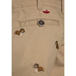 Polo Ralph Lauren SCHIFFLI BOTTOMS  Szorty coastal beige. Brązowe spodenki chłopięce Polo Ralph Lauren, z bawełny. Za 299,00 zł.