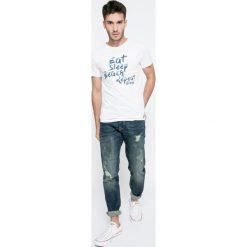Review - Jeansy. Niebieskie jeansy męskie slim marki Review. W wyprzedaży za 129,90 zł.
