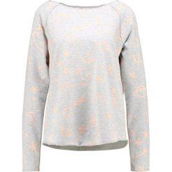 Bluzy damskie: Juvia PLANET AND STAR Bluza grey melange/neon peach