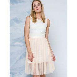 Sukienki balowe: Sukienka z łączonych materiałów Lemonada beżowa