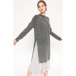 Medicine - Sweter Grey Earth. Szare swetry klasyczne damskie MEDICINE, l, z dzianiny. W wyprzedaży za 69,90 zł.