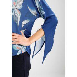 Bluzki asymetryczne: Betty & Co Bluzka blue/white