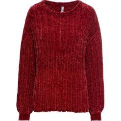 Sweter z szenilii bonprix ciemnoczerwony. Czerwone swetry oversize damskie marki bonprix. Za 74,99 zł.