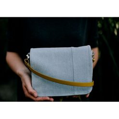 TS 05 :: torebka z błękitnego jeansu. Niebieskie torebki klasyczne damskie Pakamera, z jeansu. Za 95,00 zł.