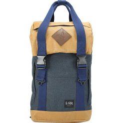 Plecaki męskie: Plecak w kolorze granatowo-beżowym – 28 x 40 x 12 cm