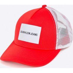 Calvin Klein Jeans - Czapka. Szare czapki z daszkiem damskie marki Calvin Klein Jeans, z bawełny. Za 139,90 zł.