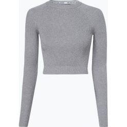 Review - Sweter damski, szary. Szare swetry klasyczne damskie marki Review, l, z tkaniny, z okrągłym kołnierzem. Za 89,95 zł.