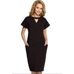 Sukienka ołówkowa ze stójką moe317. Czarne sukienki dresowe Moe, na imprezę, s, ze stójką, ołówkowe. Za 119,90 zł.