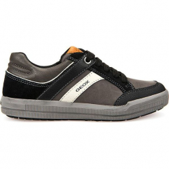 """Sneakersy """"Arzach"""" w kolorze szaro-czarnym. Niebieskie trampki chłopięce marki geox kids, z gumy. W wyprzedaży za 129,95 zł."""
