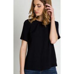 Bluzki asymetryczne: Czarna elegancka bluzka z krótkim rękawem BIALCON