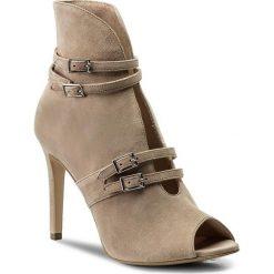 Botki GINO ROSSI - Gina DFH694-AD8-4900-4400-0 39. Brązowe buty zimowe damskie marki Gino Rossi, z materiału, na obcasie. W wyprzedaży za 299,00 zł.