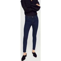 Mango - Jeansy Jane. Niebieskie jeansy damskie rurki Mango, z bawełny. Za 79,90 zł.