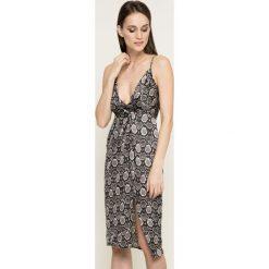 Missguided - Sukienka. Szare sukienki mini marki Missguided, na co dzień, s, z poliesteru, casualowe. W wyprzedaży za 89,90 zł.