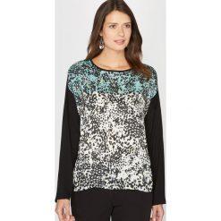 Koszulka z dwóch rodzajów materiału z nadrukiem. Szare t-shirty damskie Anne weyburn, z nadrukiem, z elastanu, z okrągłym kołnierzem. Za 105,00 zł.