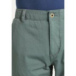 Rurki męskie: DOCKERS SMART 360 FLEX ALPHA SLIM TAPERED Spodnie materiałowe agave green
