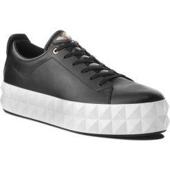 Sneakersy EMPORIO ARMANI - X3X059 XF258 00002 Black. Szare sneakersy damskie marki Emporio Armani, l, z nadrukiem, z bawełny, z okrągłym kołnierzem. Za 979,00 zł.