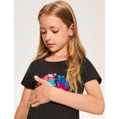 T-shirty damskie: T-shirt z magicznymi cekinami – Czarny