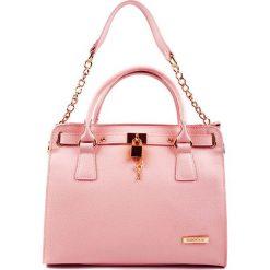 Torebki klasyczne damskie: Skórzana torebka w kolorze jasnoróżowym – (S)27 x (W)33 x (G)15 cm