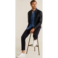 Mango Man - Jeansy Jan3. Czarne jeansy męskie regular Mango Man, z aplikacjami, z bawełny. Za 139,90 zł.