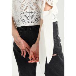 Bluzki asymetryczne: Navy London LUCY Bluzka white