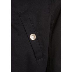 Sisley HEAVY  Parka black. Czarne kurtki dziewczęce Sisley, na zimę, z bawełny. W wyprzedaży za 271,20 zł.