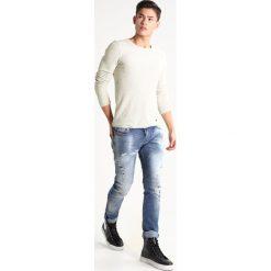 Swetry męskie: BOSS Orange TERRIS SLIM FIT Sweter offwhite