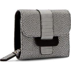Duży Portfel Damski NOBO - NPUR-0400-C000 Biały Czarny. Białe portfele damskie Nobo, ze skóry ekologicznej. W wyprzedaży za 99,00 zł.