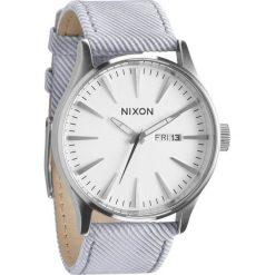 Zegarki męskie: Zegarek męski Pinstripe Nixon Sentry Leather A1051850