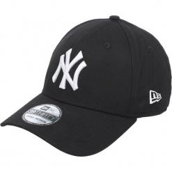 New Era - Czapka 39 Thirty. Czarne czapki z daszkiem męskie New Era. W wyprzedaży za 79,90 zł.
