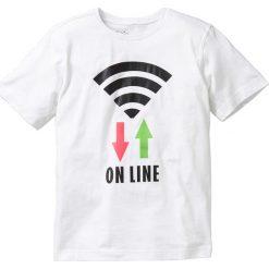 Koszulka bonprix biały. Czarne t-shirty chłopięce z nadrukiem marki bonprix, z dresówki. Za 22,99 zł.