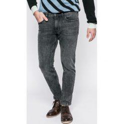 Calvin Klein Jeans - Jeansy Curtis Black. Czarne jeansy męskie skinny Calvin Klein Jeans. W wyprzedaży za 299,90 zł.