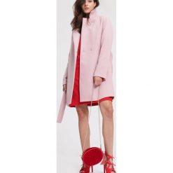 Różowy Płaszcz Stop The Shiver. Czerwone płaszcze damskie zimowe marki Cropp, l. Za 239,99 zł.