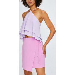 Answear - Spódnica Violet Kiss. Różowe spódniczki marki ANSWEAR, l, z tkaniny, midi, dopasowane. W wyprzedaży za 79,90 zł.