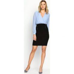 Niebiesko-Czarna Sukienka Seductive Back. Brązowe sukienki mini marki Mohito, l, z kopertowym dekoltem, kopertowe. Za 44,99 zł.