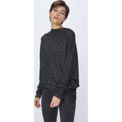 Medicine - Sweter Basic. Czarne swetry klasyczne damskie marki MEDICINE, m, z dzianiny, z asymetrycznym kołnierzem. W wyprzedaży za 49,90 zł.