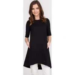 Tuniki damskie eleganckie: Czarna rozkloszowana tunika QUIOSQUE