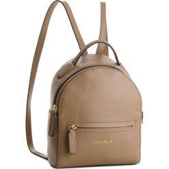 Plecak COCCINELLE - CF8 Clementine Soft E1 CF8 54 01 01 Taupe N75. Brązowe plecaki damskie Coccinelle, ze skóry. W wyprzedaży za 799,00 zł.