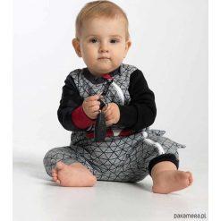 Body LITTLE TERROR ROMPER SERIOUS GREY. Szare pajacyki niemowlęce marki Pakamera, z dresówki. Za 169,00 zł.