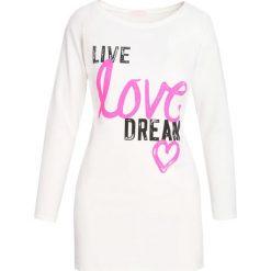 Biała Bluzka Live Dream. Białe bluzki longsleeves marki Born2be, l, z nadrukiem, z okrągłym kołnierzem. Za 24,99 zł.
