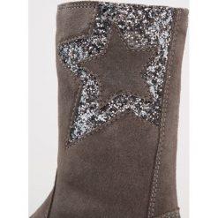 Mtng NINA Kozaki dark grey/glitter old silver. Niebieskie buty zimowe damskie marki Roxy, z tworzywa sztucznego, na wysokim obcasie. W wyprzedaży za 174,30 zł.