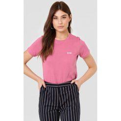 NA-KD T-shirt Babe Chest - Pink. Różowe t-shirty damskie NA-KD, z nadrukiem, z bawełny. Za 72,95 zł.