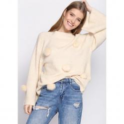 Kremowy Sweter Magnificence. Białe swetry klasyczne damskie Born2be, uniwersalny. Za 79,99 zł.