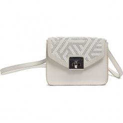 Skórzana torebka w kolorze białym - (S)17 x (W)13 x (G)8 cm. Białe torebki klasyczne damskie Tosca Blu, w paski, z materiału. W wyprzedaży za 239,95 zł.
