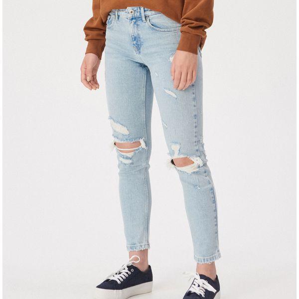 2b38aa92fb570f Spodnie damskie Sinsay - Promocja. Nawet -40%! - Kolekcja lato 2019 -  myBaze.com